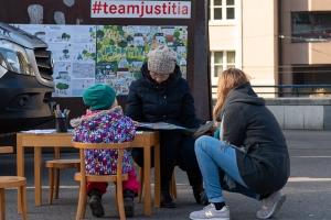 justitia_in_basel_-_justitia_on_tour_-_stiftung_kinderdorf_pestalozzi_9