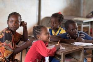 unterricht-ethnische-minderheiten_aethiopien_kinderdorf-pestalozzi