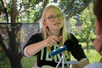 jana_-_mobile_reporter_-_stiftung_kinderdorf_pestalozzi