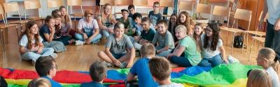 weissrussische_und_schweizer_kinder_im_interkulturellen_austausch_-_stiftung_kinderdorf_pestalozzi