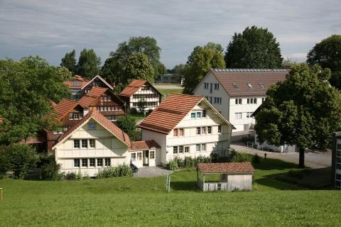 image_du_village_-_vacances_en_famille_reka_-_fondation_village_denfants_pestalozzi